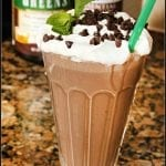 Mint Chocolate Chip Smoothie #Choctoberfest