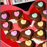 Sweetheart Chocolate Pretzel Bites